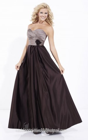 2012 Hot Sale Strapless Coffee Satin Pleat Handflower Bridesmaid Dress Evening Dress