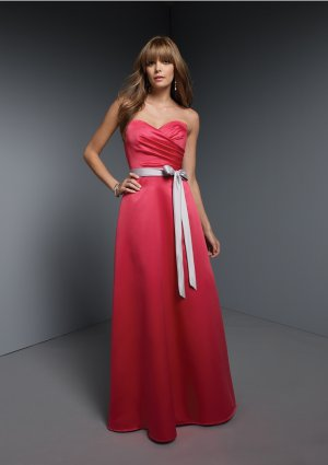 2013 Hot Sale Strapless Red Satin Silver Belt Pleat Bridesmaid Dress Evening Dress Party Dress