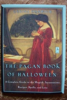 THE PAGAN BOOK OF HALLOWEEN, Gerina Dunwich, New SC 2000