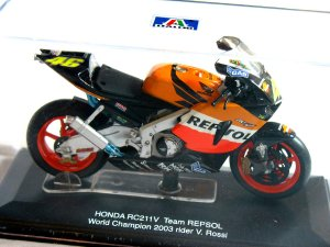 Honda RC211V Team Repsol #46 World Champion 2003 Rider V. Rossi 1/22 Die Cast Model (Rare)
