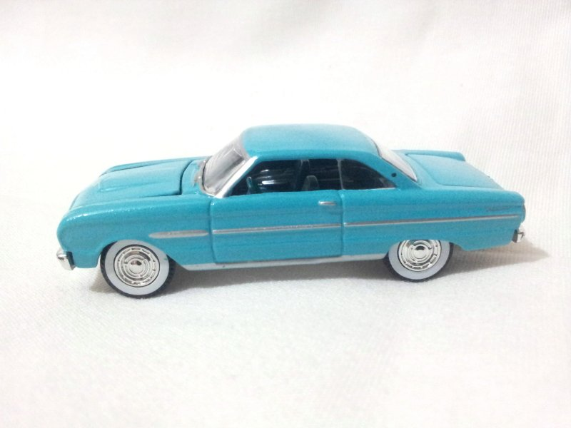 Ford Falcon 1963 Blue 1/64 Die Cast Model Car