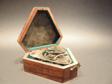 Vintage Antique Style Brass Heavy Maritime Navigational Sundial Compass w Box