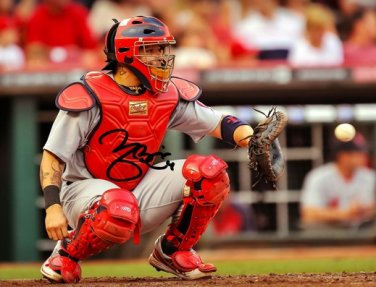YADIER MOLINA SIGNED PHOTO 8X10 RP AUTOGRAPHED ST LOUIS CARDINALS