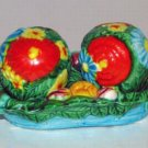 Majolica Floral (3-piece Sitters) Salt & Pepper Shakers