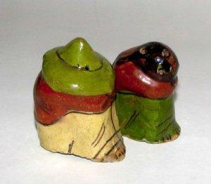 Mexican Folk Art Souvenir Salt & Pepper Shakers