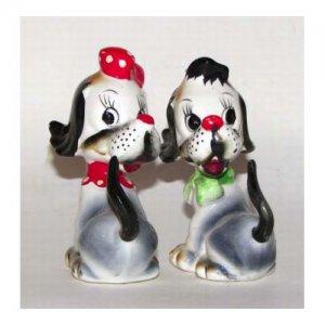 Artmark Doggies Salt & Pepper Shakers