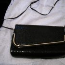 VINTAGE 1970 BLACK METAL MESH GOLD TONE CLUTCH SHOULDER BAG - Very Collectible