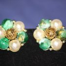 Vintage LISNER Designer Green Glass Pearl Clip Earrings Collectible Beauties