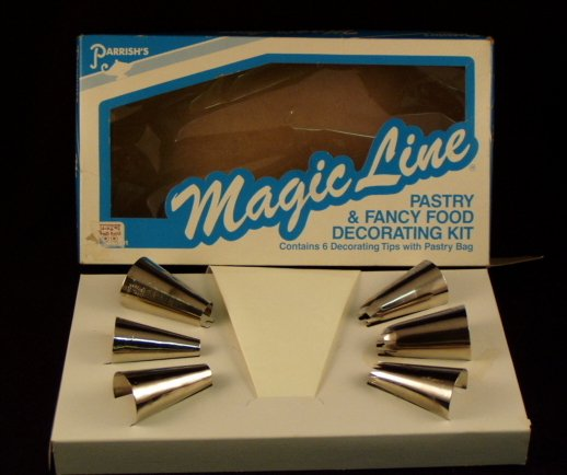 Parrish's Magic Line Fancy Food Pastry Cake Decorating Kit