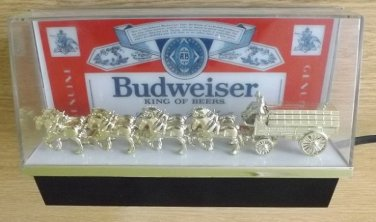 BUDWEISER BEER CLYDESDALE HORSES BAR DISPLAY. PERFECT WORKING ORDER FROM 1970s 1980s