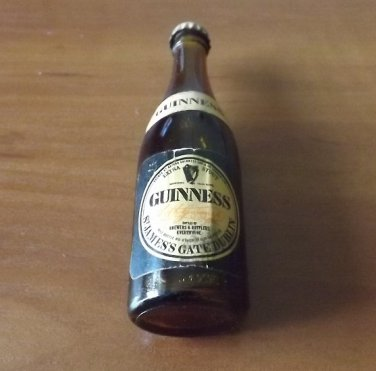 GUINNESS MINIATURE GUINNESS BEER STOUT GLASS BOTTLE VINTAGE ADVERTISING CAMPAIGN 1960s 1970s