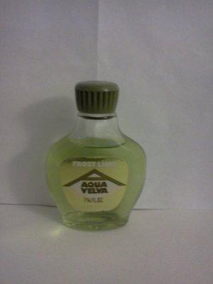 Vintage Aqua Velvet Frost Lime