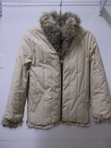 REDUCED! Tan Quilted Beige Reversible Fox Fur Hip Length Women's Jacket sz s/med
