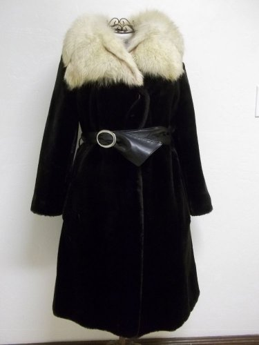 Women's Laska Seal Black Faux Fur With Creamy White Fox Fur Collar Size Small
