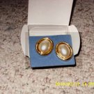 Vintage Avon Pearlesque Button Earrings