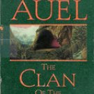 The Clan of the Cave Bear (Earths Children Book 1) by Jean M Auel