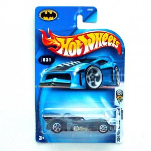 Batmobile 2004 First Editions No 031 Hot Wheels Diecast