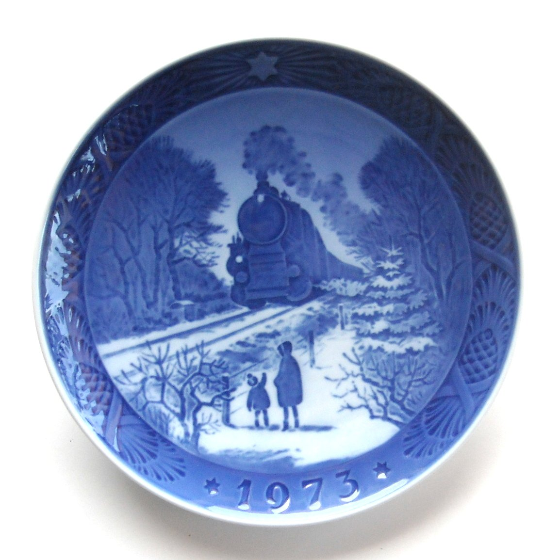 Royal Copenhagen 1973 Christmas Plate