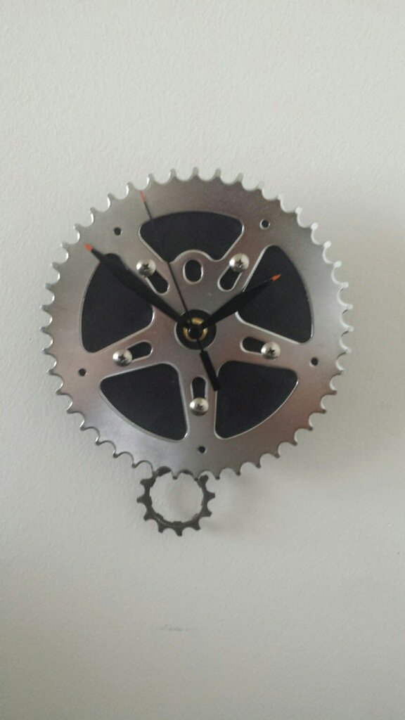 Bicycle Pendulum Wall Clock