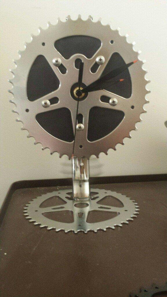 Handmade Bicycle Pendulum Desk Clock