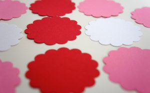 Scalloped Round Circle Die Cut Gift Journal Hang Tag Paper Embellishment Punches