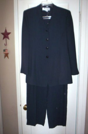 WOMENS SUIT sz 10 RENA ROWAN ESSENTIALS NAVY BLUE EUC