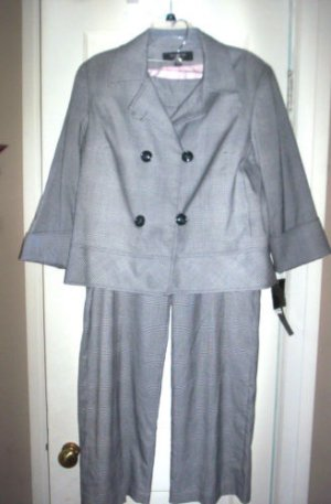 WOMENS 16 SUIT NAVY BLUE & WHITE PLAID PANT SUIT by LARRY LEVINE NWT