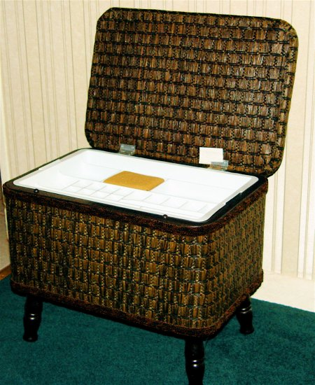 REDMON WICKER SEWING BASKET CHEST ORGANIZER