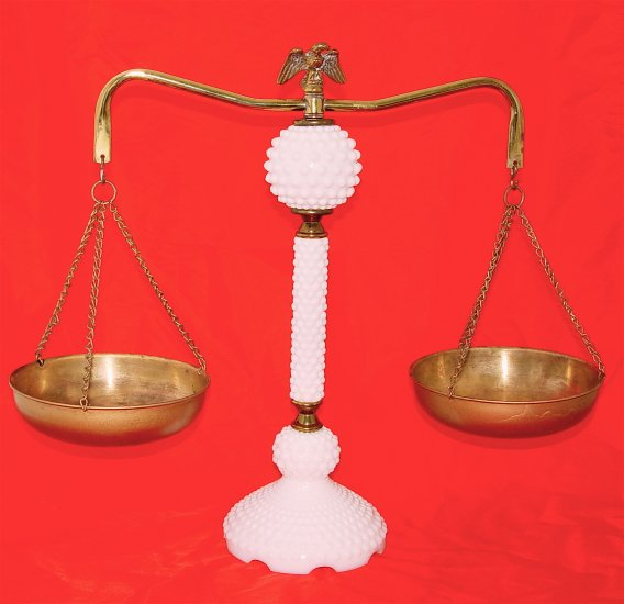 BRASS and MILKGLASS DECORATIVE BALANCE SCALE - VINTAGE