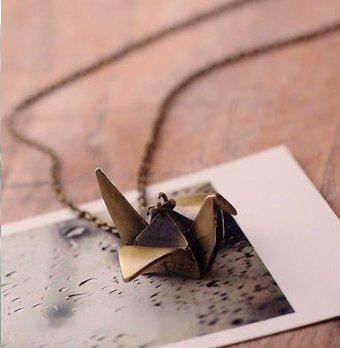 Cute crane necklace (antique bronze)