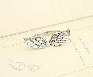 Sweet angel wing ring (silver - small - pinky finger ring)
