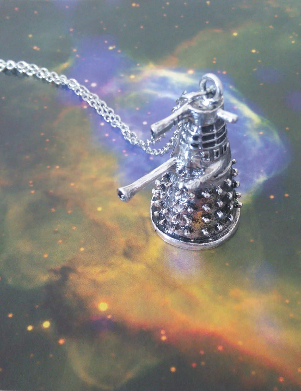 Dr Who Dalek necklace (silver colour)