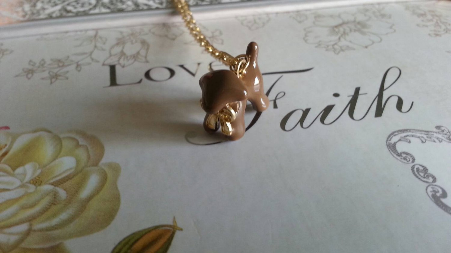 Cute Dog Necklace (brown)