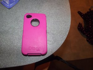 Pink iphone 4 otterbox