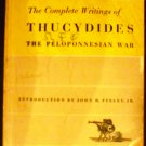 The Complete Writings of Thucydides: The Peloponnesian War [Paperback] Thucydides, John H. Finley
