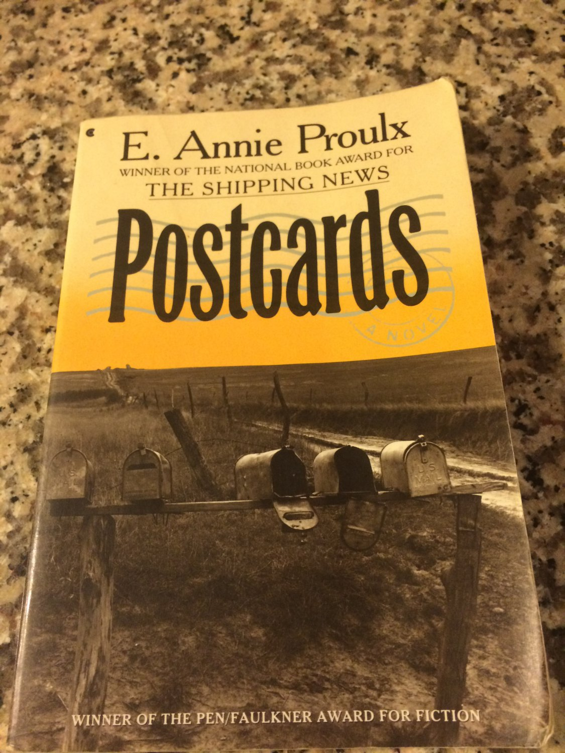 Postcards by Annie Proulx (1993, Paperback)