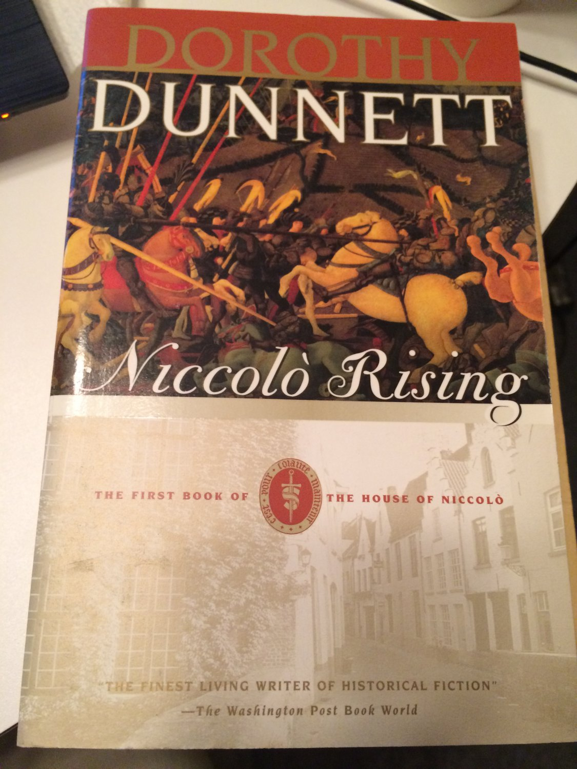 Niccolò Rising: The First Book [Paperback] [Mar 30, 1999] Dunnett, Dorothy