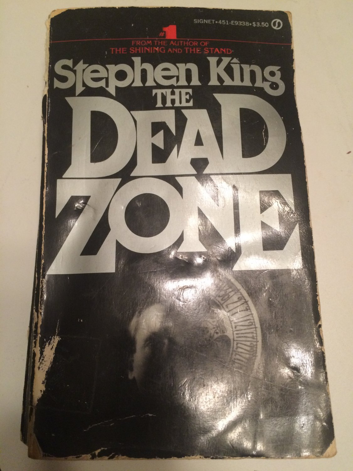 The Dead Zone [Paperback] [Jan 01, 1979] King, Stephen