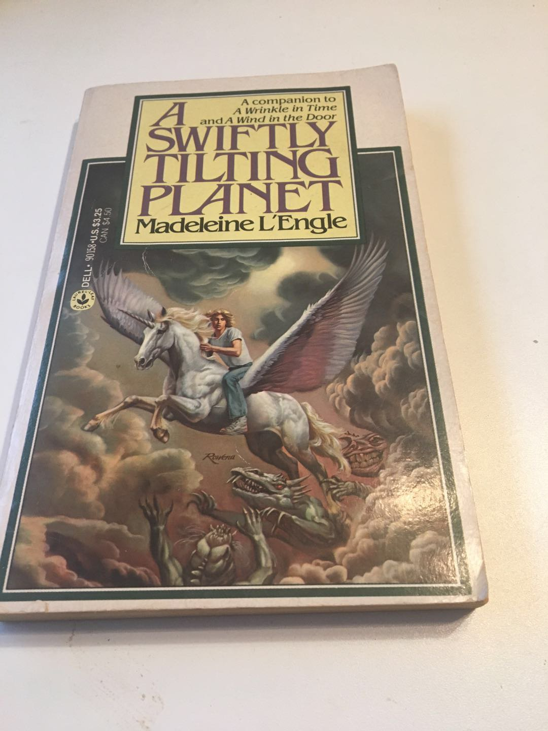 A Swiftly Tilting Planet (The Time Quartet)Jun 15, 1979 by Madeleine L'Engle
