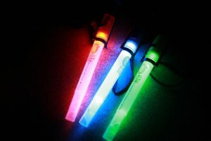 NEW MULTI-Glow stick/flashlight LED REUSABLE ECO-FRIENDLY+emergency whistle+KIDS