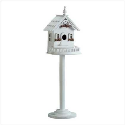 Freestanding Wood Victorian Birdhouse/Feeder