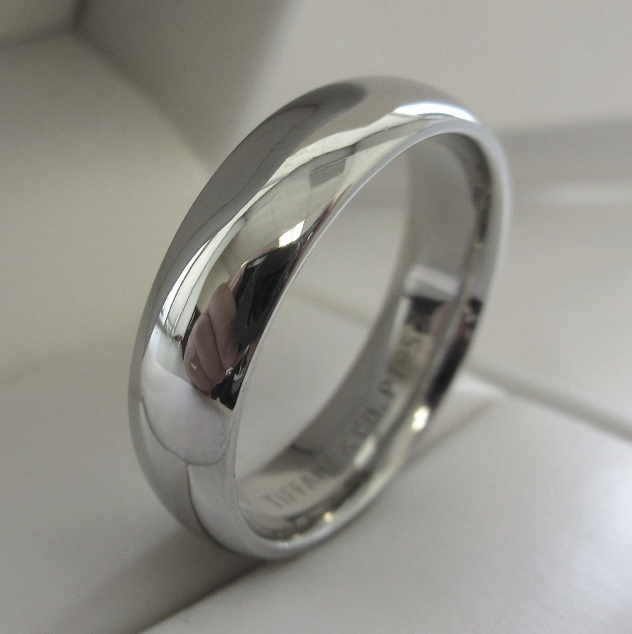 TIFFANY Amp Co Platinum 6mm Comfort Fit Wedding Band Ring 11