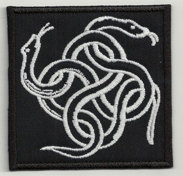 Snake knot - embroidered patch, 3,2 X 3,2 (INCHES)