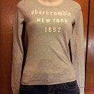 Abercrombie and Fitch Kids Brand Long Sleeve  T-Shirt - Gray - Size M (539ts)