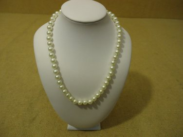 Designer Fashion Necklace 16in L Beaded/Strand Pearl Faux Female Adult Whites