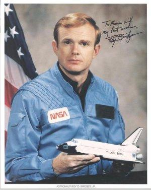 NASA Astronaut Roy Bridges Hand signed Autograph 8x10 color photo