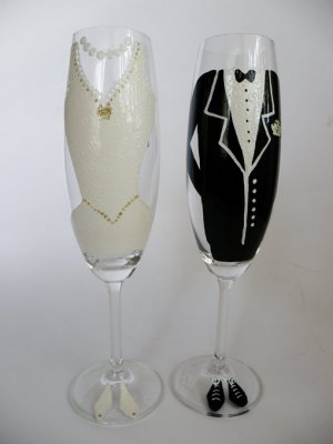 Set of 2 Personalized Champagne glasses Wedding dress and Suit