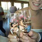 Flutes Set of 2 Personalized Champagne glasses Kiss Me