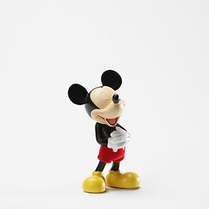MICKEY MOUSE LAUGHING  PORCELAIN STATUE DISNEY IMPORT