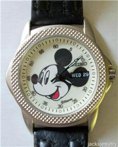Disney Lumbrite Seiko Mens Mickey Mouse Watch! New!